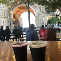Photo prise au Trillium Garden On The Greenway par Chitra R. le10/13/2018