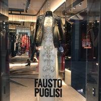 10/20/2017 tarihinde Luz Z.ziyaretçi tarafından Quadrilatero della Moda'de çekilen fotoğraf