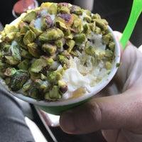 Das Foto wurde bei BigDash Ice Cream & Pastries von Dfw D. am 4/19/2017 aufgenommen