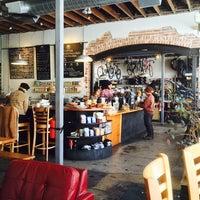 11/13/2014 tarihinde Kyle E.ziyaretçi tarafından Denver Bicycle Cafe'de çekilen fotoğraf