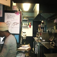 Photo prise au JoeDough Sandwich Shop par Kirsten P. le1/29/2013