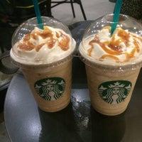 7/13/2016 tarihinde Dilay G.ziyaretçi tarafından Starbucks'de çekilen fotoğraf