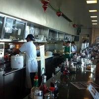12/24/2012에 Brian L.님이 Liliha Bakery에서 찍은 사진