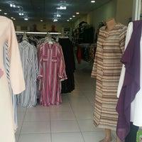 5/12/2016에 Ayçin B.님이 nurten abla moda merkezi에서 찍은 사진