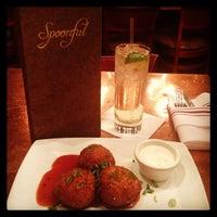 12/28/2013 tarihinde Brandie C.ziyaretçi tarafından Spoonful Restaurant'de çekilen fotoğraf