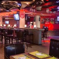 Снимок сделан в Papa's Bar & Grill пользователем Papa's Bar & Grill 10/6/2015