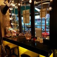 12/4/2016 tarihinde Ciler N.ziyaretçi tarafından Lungo Espresso Bar'de çekilen fotoğraf