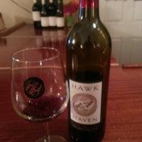 Das Foto wurde bei Hawk Haven Winery von Joe B. am 9/3/2012 aufgenommen