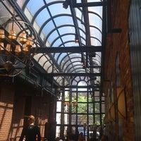 4/8/2012 tarihinde Benitaziyaretçi tarafından Columbia Firehouse'de çekilen fotoğraf