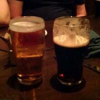 Das Foto wurde bei Nine Fine Irishmen von RLM am 7/14/2012 aufgenommen