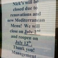 Foto scattata a Nick's Taverna da Stephanie il 7/6/2012