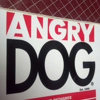 Photo prise au Angry Dog par Jarrod R. le8/24/2012