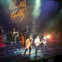 Foto scattata a Walnut Street Theatre da Trish L. il 7/19/2012
