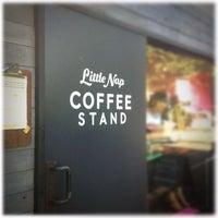 Foto scattata a Little Nap COFFEE STAND da doppio ♡. il 8/21/2012