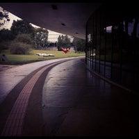 Foto scattata a Museu de Arte Moderna de São Paulo (MAM-SP) da Felipe Henrique G. il 7/31/2012