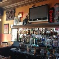 Das Foto wurde bei Kuma's Corner von Randall L. am 6/15/2012 aufgenommen