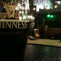 Das Foto wurde bei Connolly's On Fifth von Maggie D. am 4/21/2012 aufgenommen
