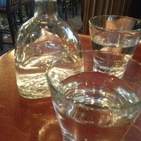 Photo prise au Appaloosa Grill par Lesley B. le4/26/2012