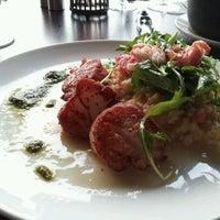 5/2/2012 tarihinde Stephen B.ziyaretçi tarafından Palisade Restaurant'de çekilen fotoğraf