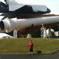 รูปภาพถ่ายที่ Space Camp โดย Velvet J. เมื่อ 4/21/2012