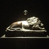 Foto tirada no(a) Le Lion por Roberto Kai H. em 3/24/2012