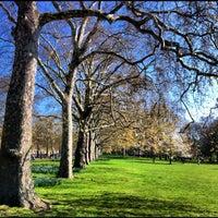 4/29/2012에 Supree T.님이 St James's Park에서 찍은 사진