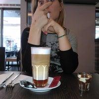 Photo prise au Georges Tea & Lunch par Jens F. le4/1/2012