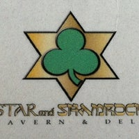 Foto tomada en The Star and Shamrock  por Jen R. el 9/2/2012