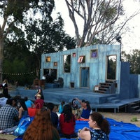 Foto scattata a Griffith Park Free Shakespeare Festival da D M. il 8/20/2012