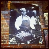 6/14/2012 tarihinde Dain S.ziyaretçi tarafından Smokin' Mo's BBQ'de çekilen fotoğraf