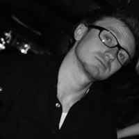 Foto diambil di Temple Bar oleh Константин С. pada 4/13/2012