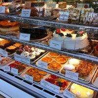 Foto tomada en Cafe Selmarie por Bruce H. el 6/30/2012