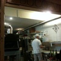 รูปภาพถ่ายที่ Fuoco Vivo โดย PreFABsd.com .. เมื่อ 3/4/2012