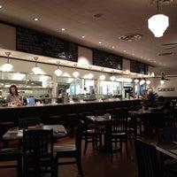 3/14/2012にTim B.がThe Monument Caféで撮った写真