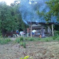 """รูปภาพถ่ายที่ Vikendica """"Bigy"""" (Surakovac) โดย Ivan L. เมื่อ 7/27/2012"""