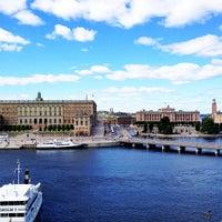 Снимок сделан в Grand Hôtel Stockholm пользователем Melissa M. 7/21/2013