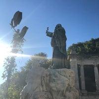 Das Foto wurde bei Szent Gellért-szobor von Seungwon J. am 9/27/2018 aufgenommen