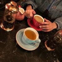 Foto tomada en Cafe De Papel por Fatma A. el 11/8/2018