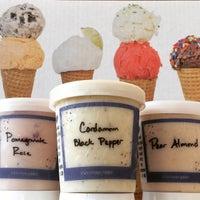 Das Foto wurde bei Ice Cream Jubilee von Hannah W. am 2/1/2015 aufgenommen