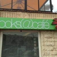 Das Foto wurde bei Books@cafe von Rami S. am 1/29/2013 aufgenommen