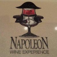 7/13/2013 tarihinde Camille B.ziyaretçi tarafından Napoleon Food & Wine Bar'de çekilen fotoğraf
