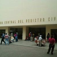Foto tirada no(a) Registro Civil por Jorge R. em 4/2/2013