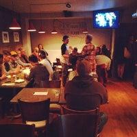 4/10/2014에 Karl C.님이 Bite Burger House에서 찍은 사진