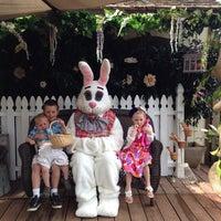 Foto scattata a Irvine Park Railroad Easter Eggstravaganza da Desiree E. il 4/17/2014