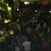 Foto scattata a Moska Bar da Annette L. il 1/26/2013
