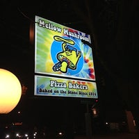 Mellow Mushroom Pizza Place