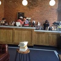6/4/2014にAndreana O.がManhattanville Coffeeで撮った写真
