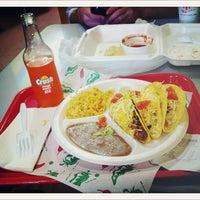 3/11/2012에 jeff o.님이 Taco Shack에서 찍은 사진