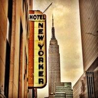 Foto tomada en Wyndham New Yorker por Josh B. el 10/27/2012