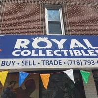 Das Foto wurde bei Royal Collectibles von Jordan W. am 7/1/2019 aufgenommen